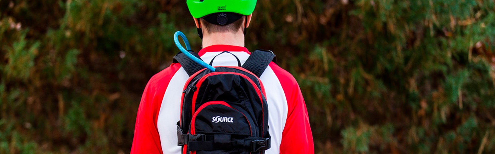 source whistler 20 liter hydration pack